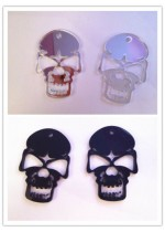 coppia teschi in resina per creare orecchini misura 6x4 cm